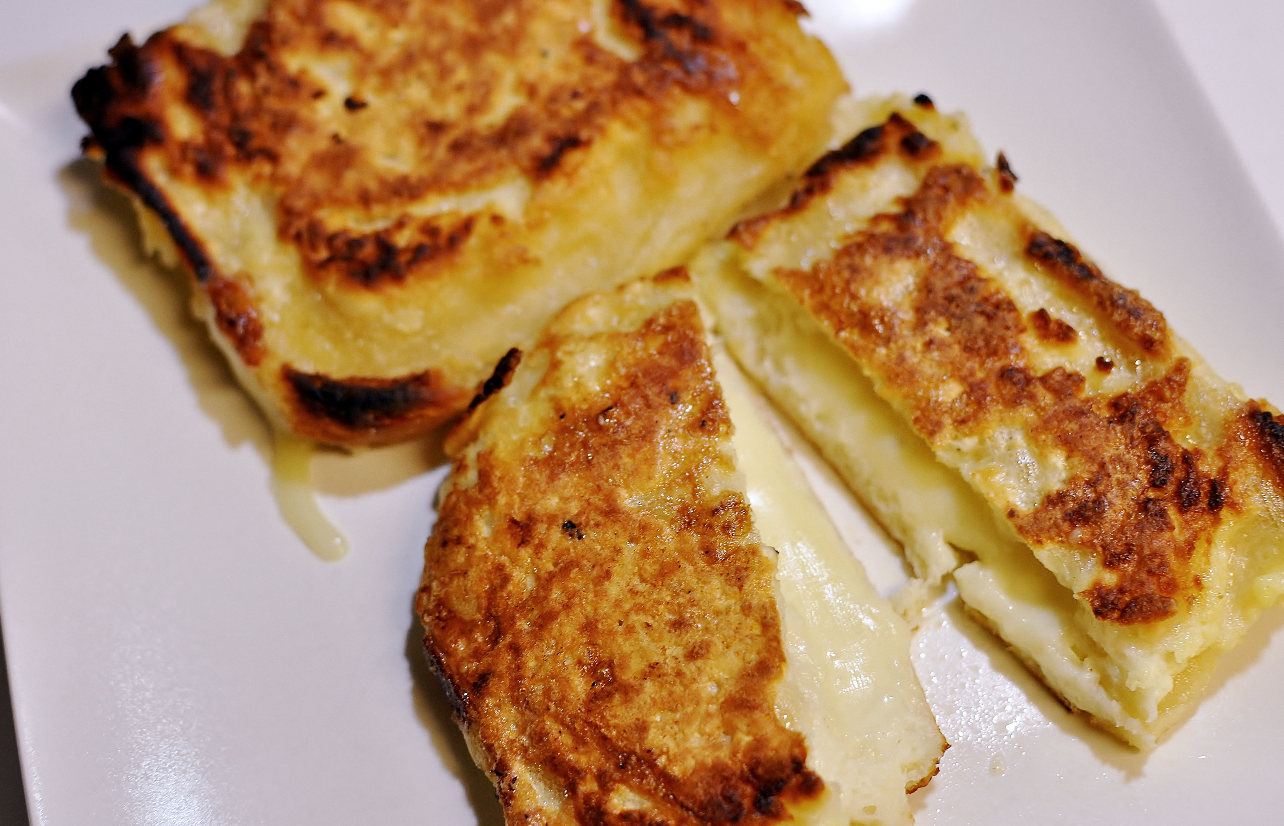 French Toast Grilled Cheese | musicwithdinner